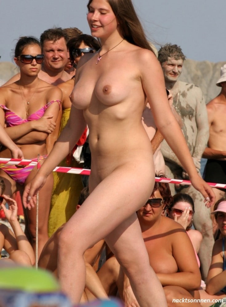 Russian Nudist Girl Singing And Dancing - 26 Pics -3625