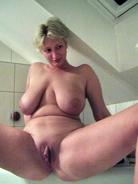 Mature 321 - 50 Pics