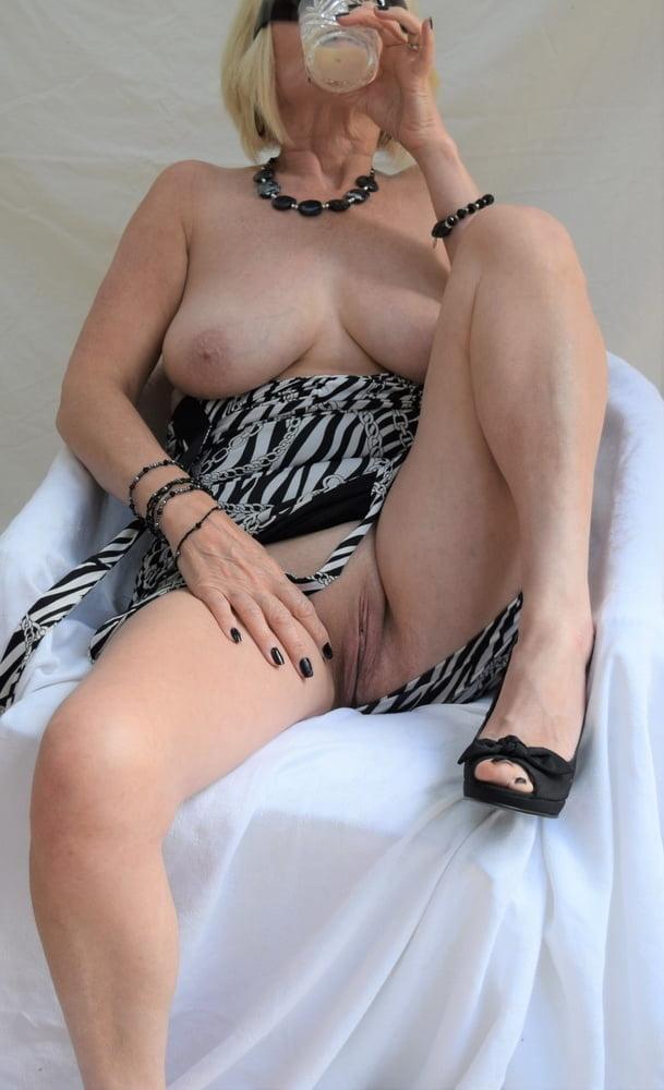 Amateur Mature Pussy - 26 Pics