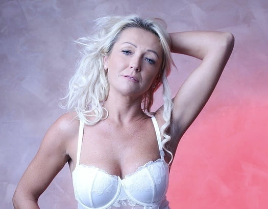 Donna, sexy UK MILF Slut