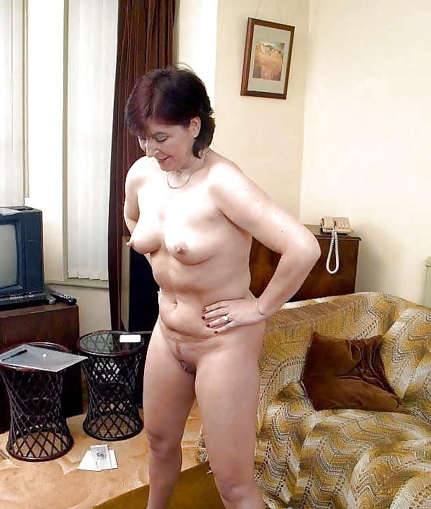 Older mother in law naked