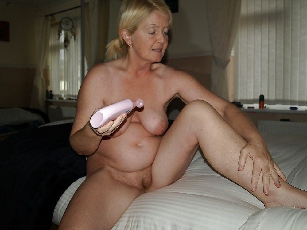 Nude sexy senior citizen — 12