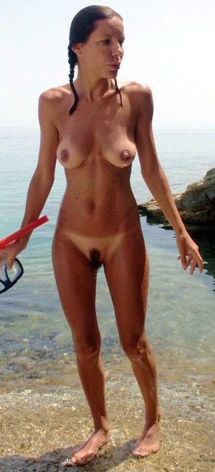 Naked beach amateur