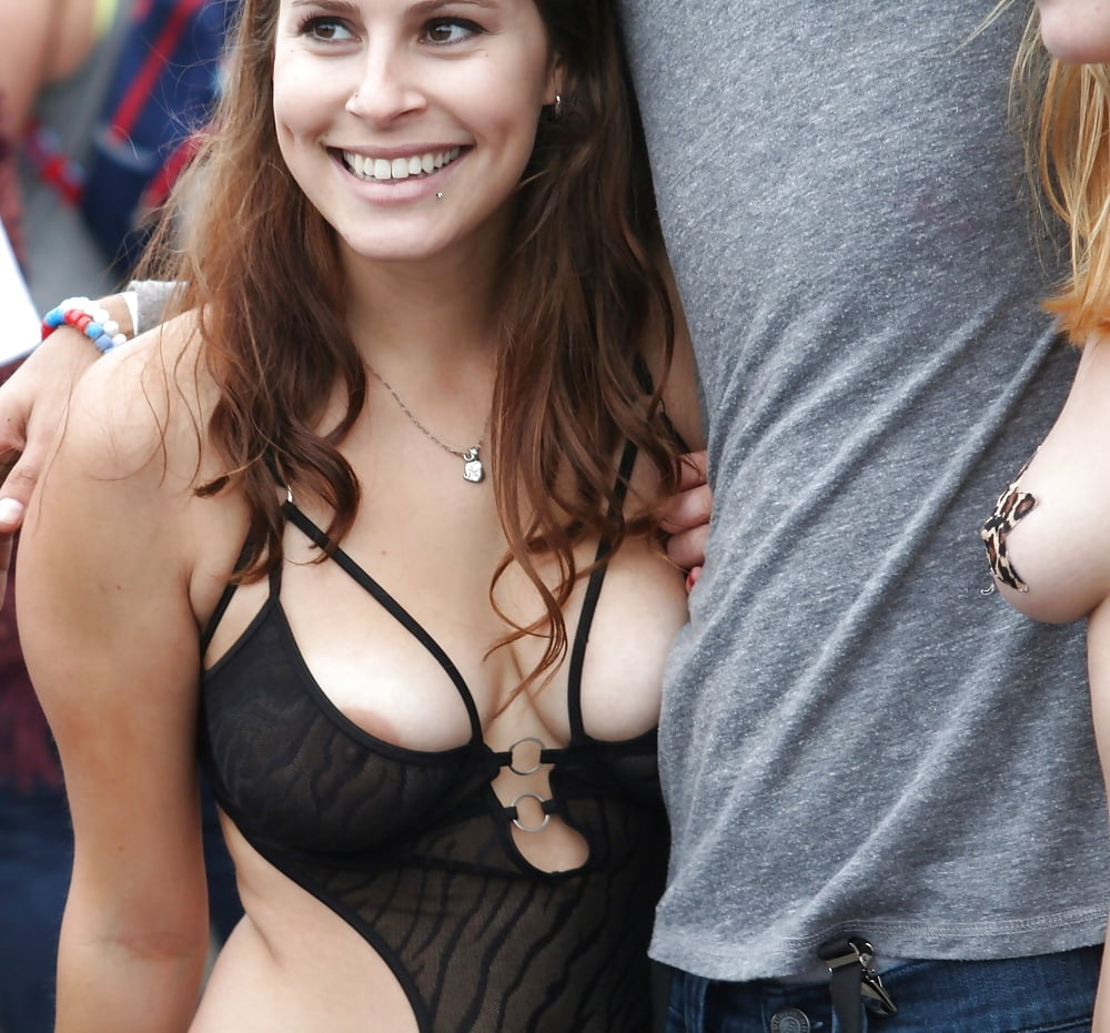 Nips and boob — photo 2