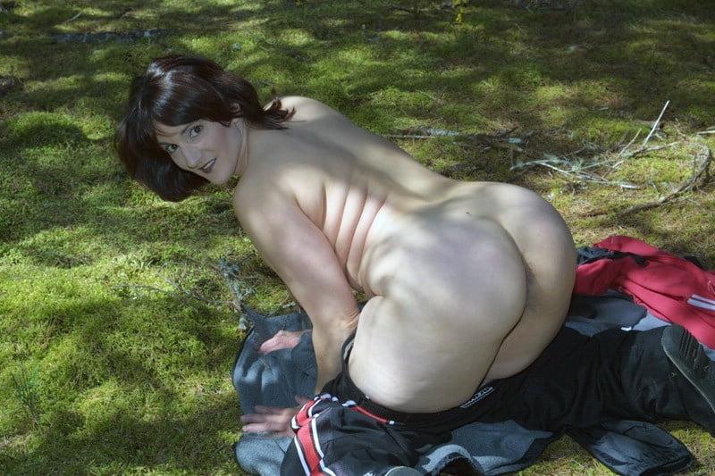 Nude reba mcentire porn captions reba mcentire fakes blowjob reba mcentire blowjob reba mcentire