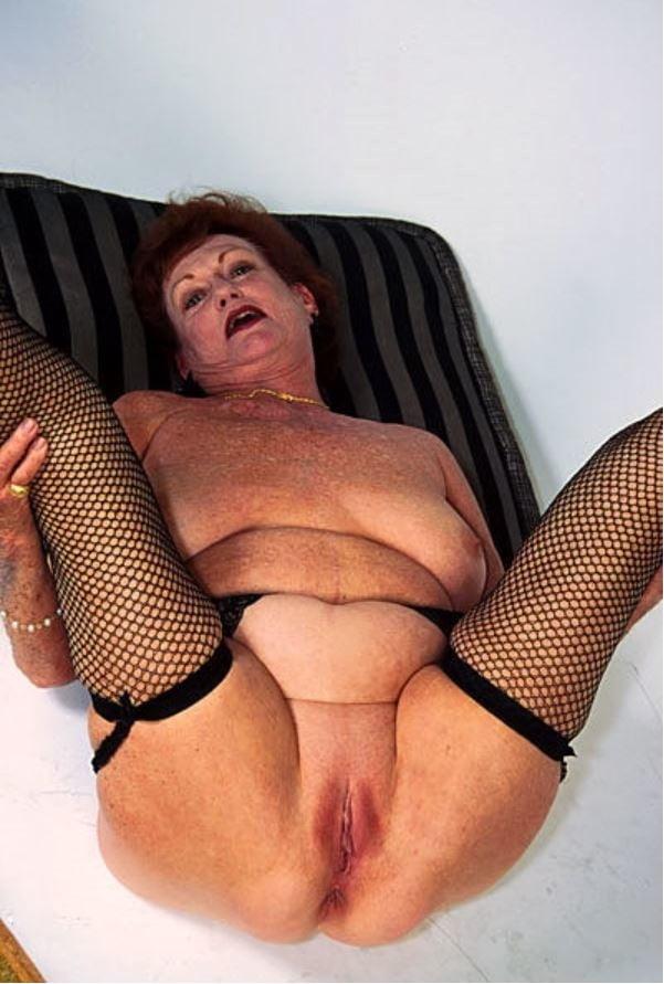 секс фото старушек в голом виде