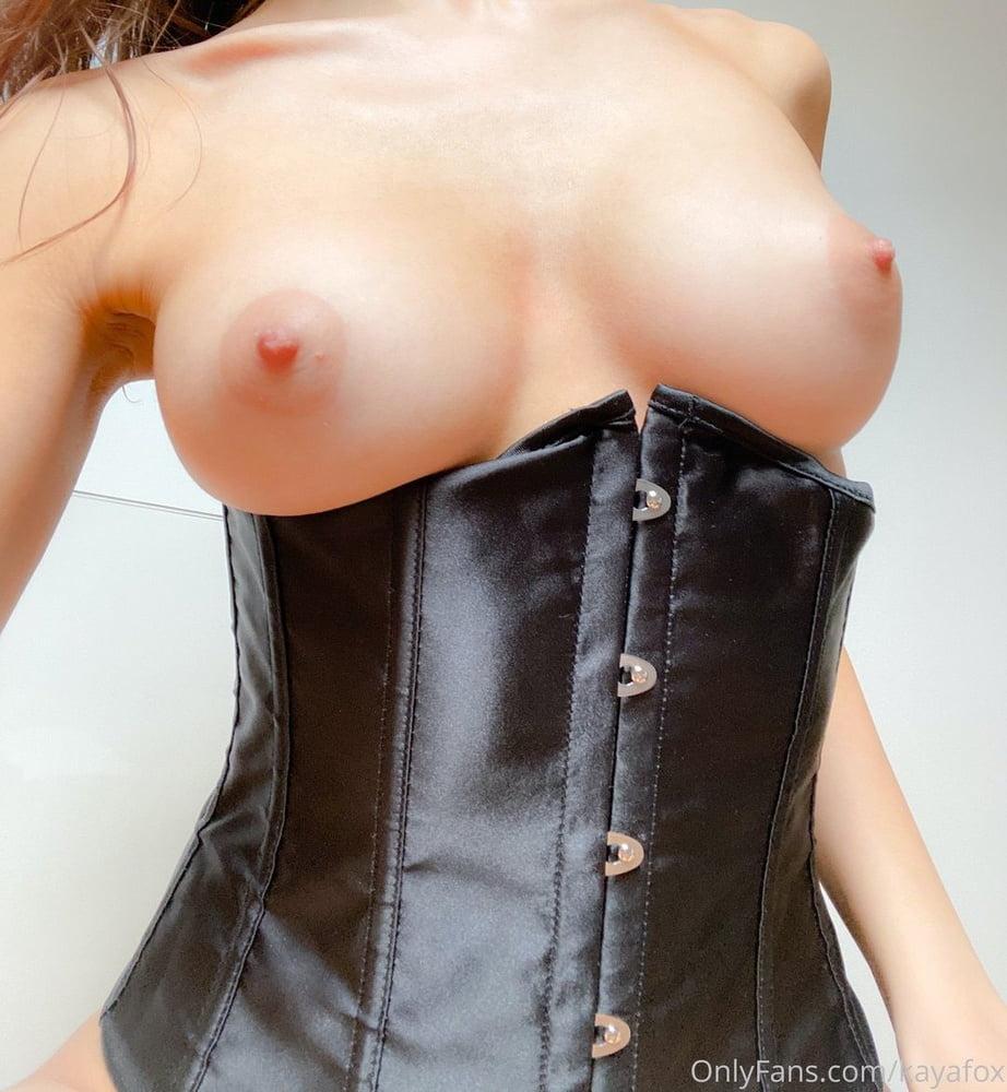 Kaya F - Slut with perfect body - 99 Pics