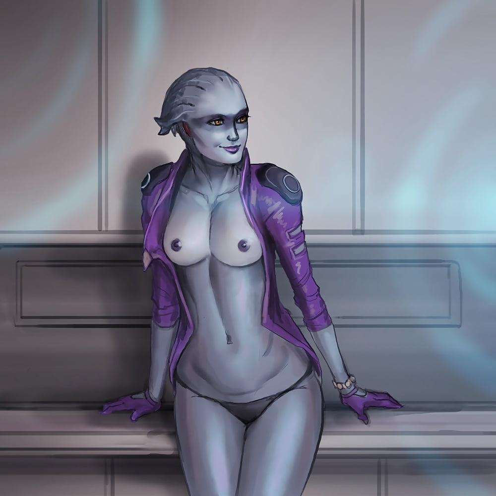 Andromeda nude scenes