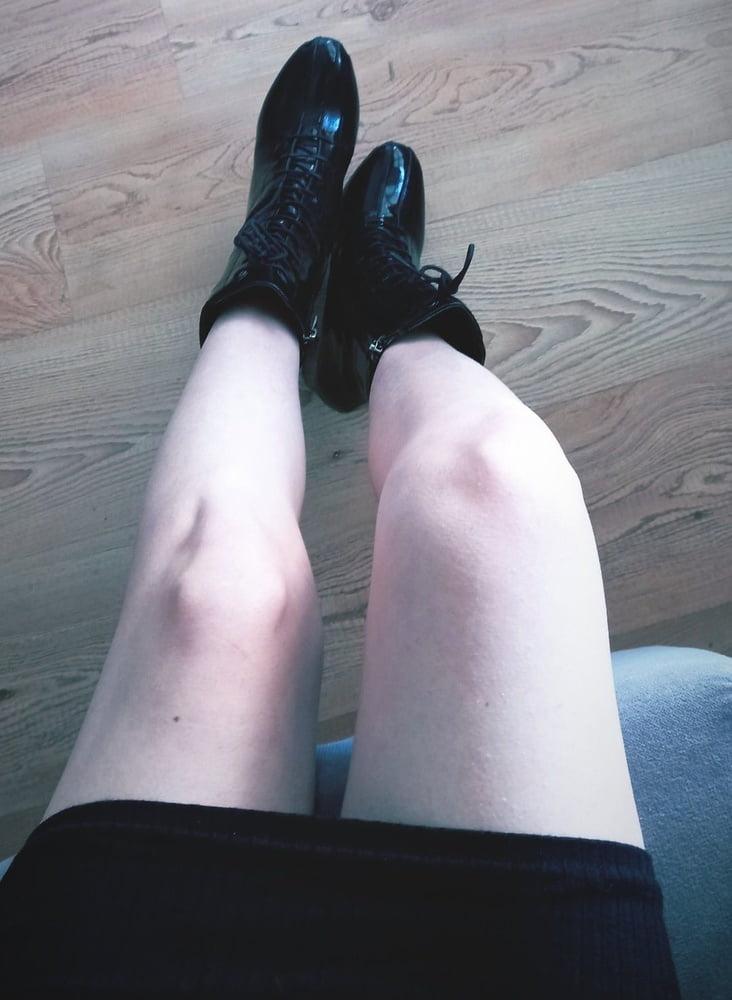 Lesbian feet fetish-3055
