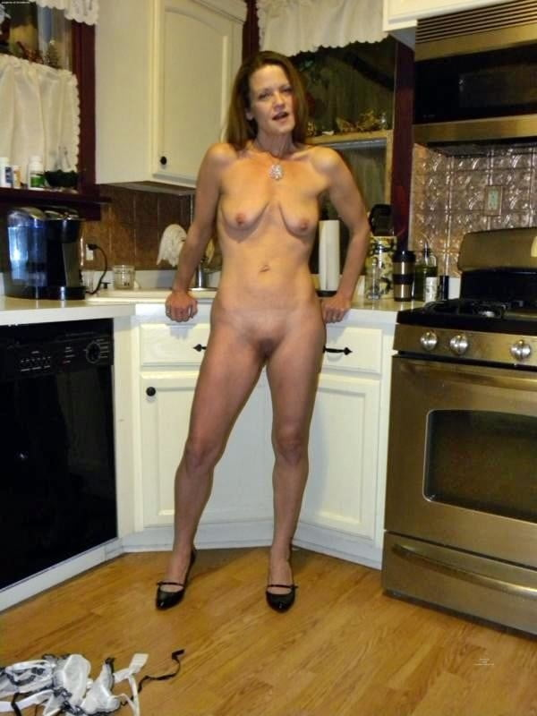 Naked housewives in australia, naked racheal starr