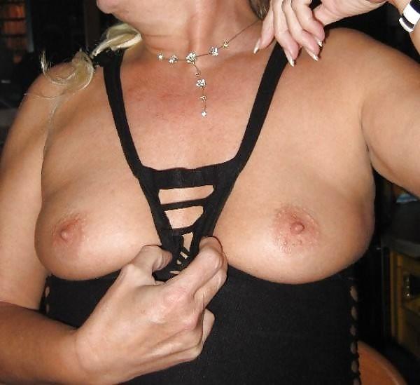 Older woman fun porn-5022