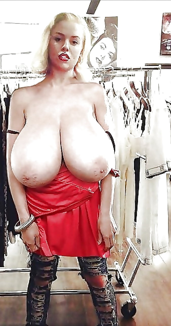 Mature xxl tits in tight tops — pic 3