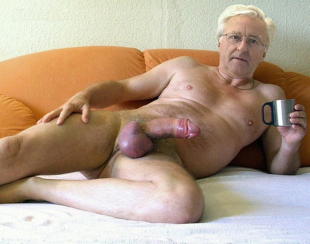 servicing daddy s cock to completion gay