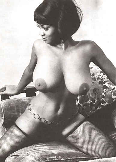 retro black nude girl