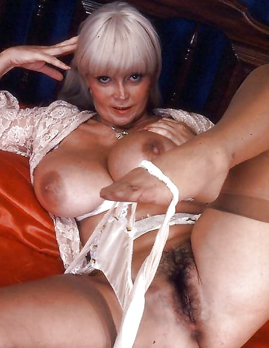 Candy cooze naked — photo 10