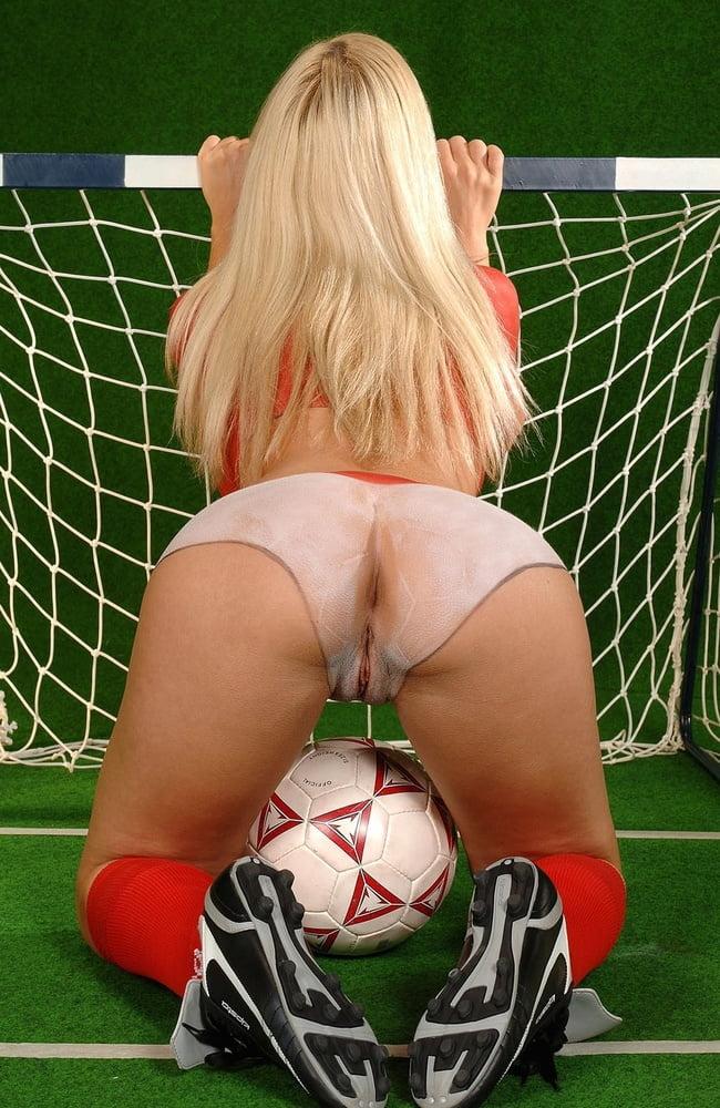Hot Naked Teen Football Girls