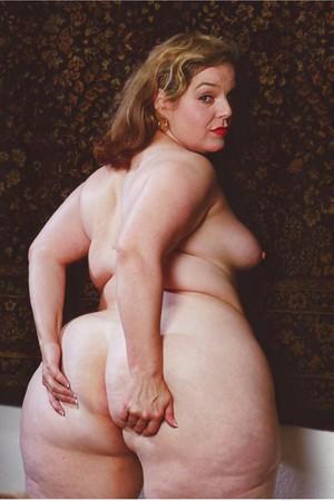 Big butt mature galleries