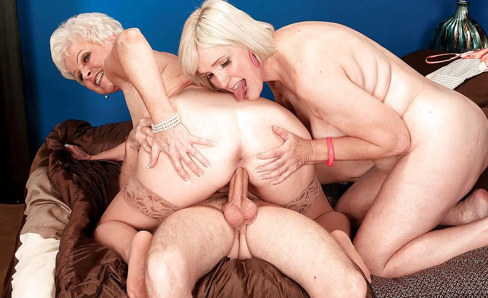 Foursome Xxx Porn