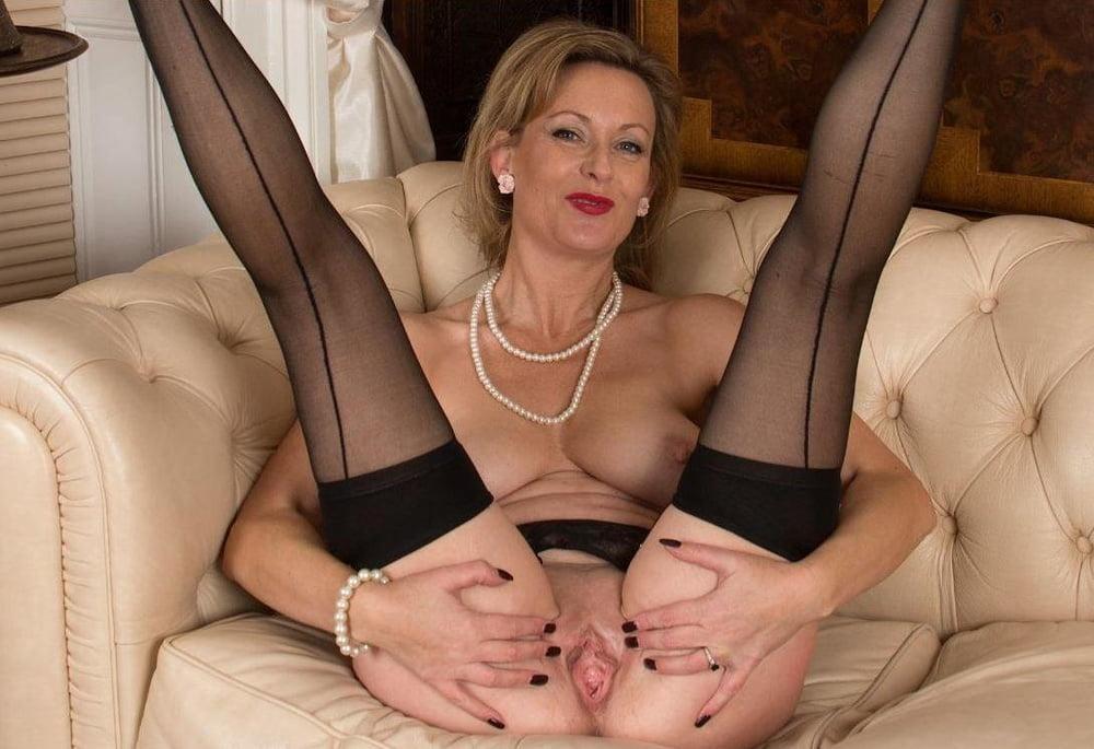 Milf stockings photos