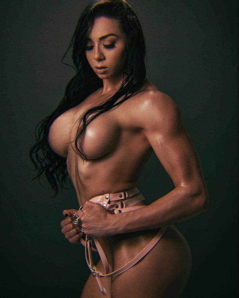busty-fitness-babe-nude-juliette-frette-nude-video