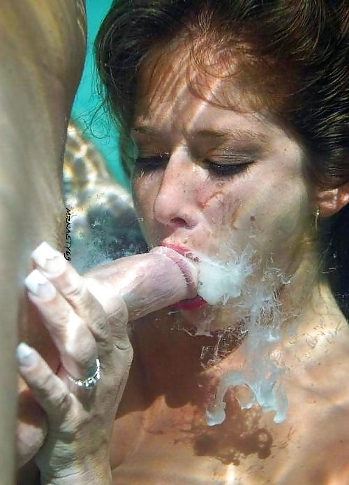 Underwater Cum Shot