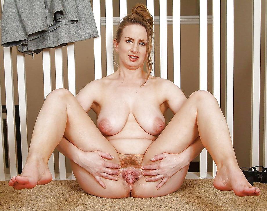 mom-spread-nake