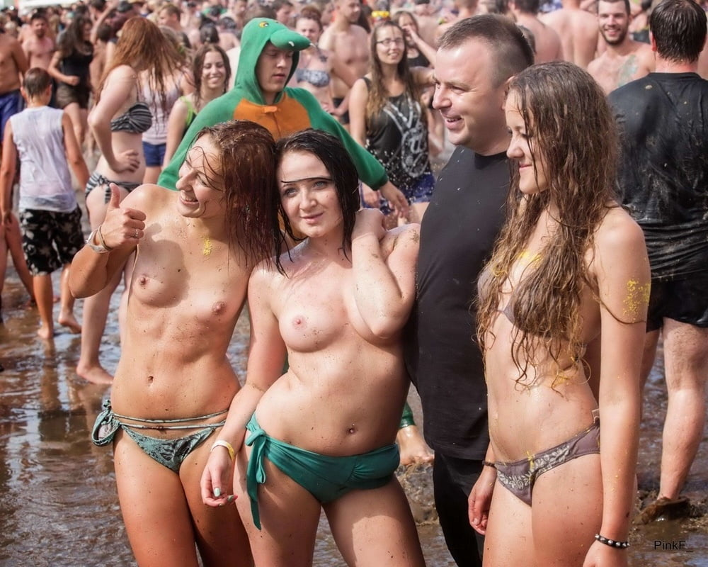 Nude pics from woodstock