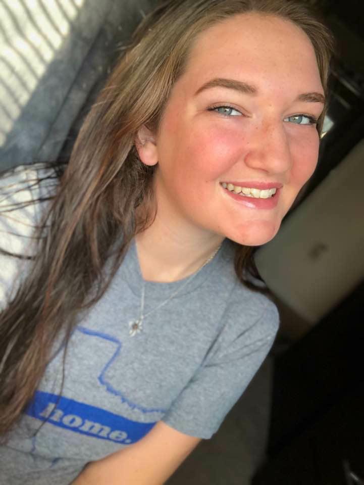 Megan lindsay - 17 Pics