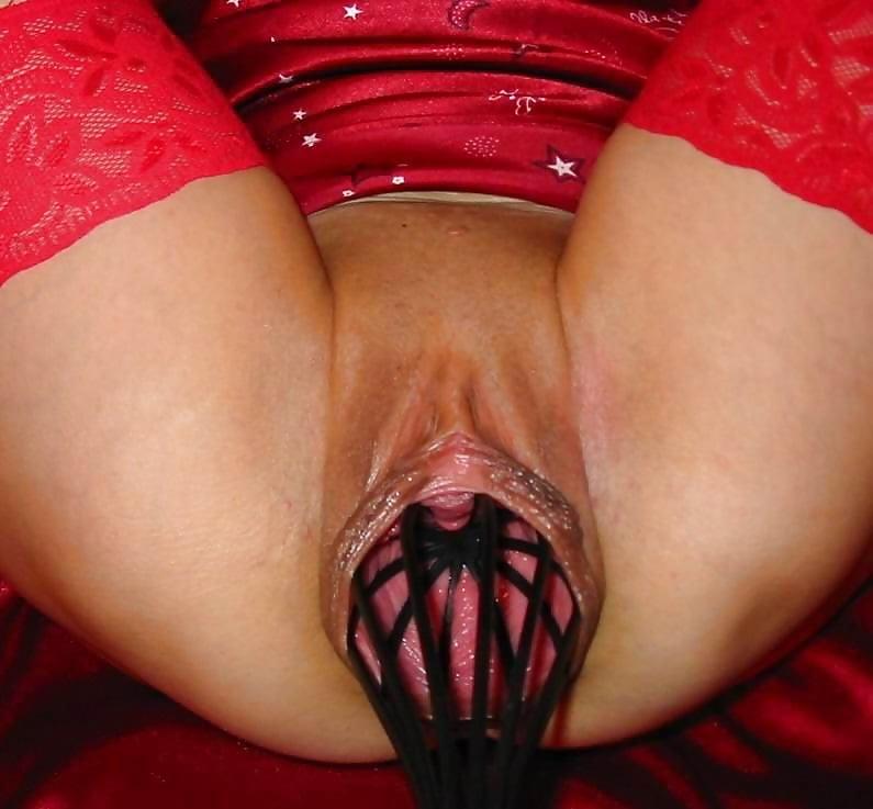 Огромные предметы во влагалище у женщин видео, порно итальянское горничная соблазнила хозяина