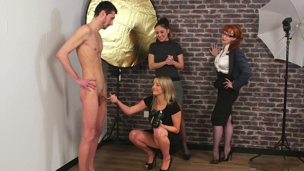 Girl sucking small penis-6144
