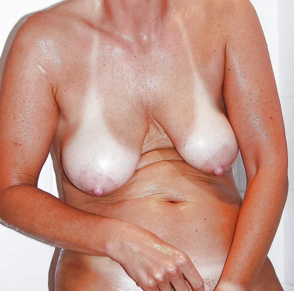 Amatuer Sexy Tan Lines