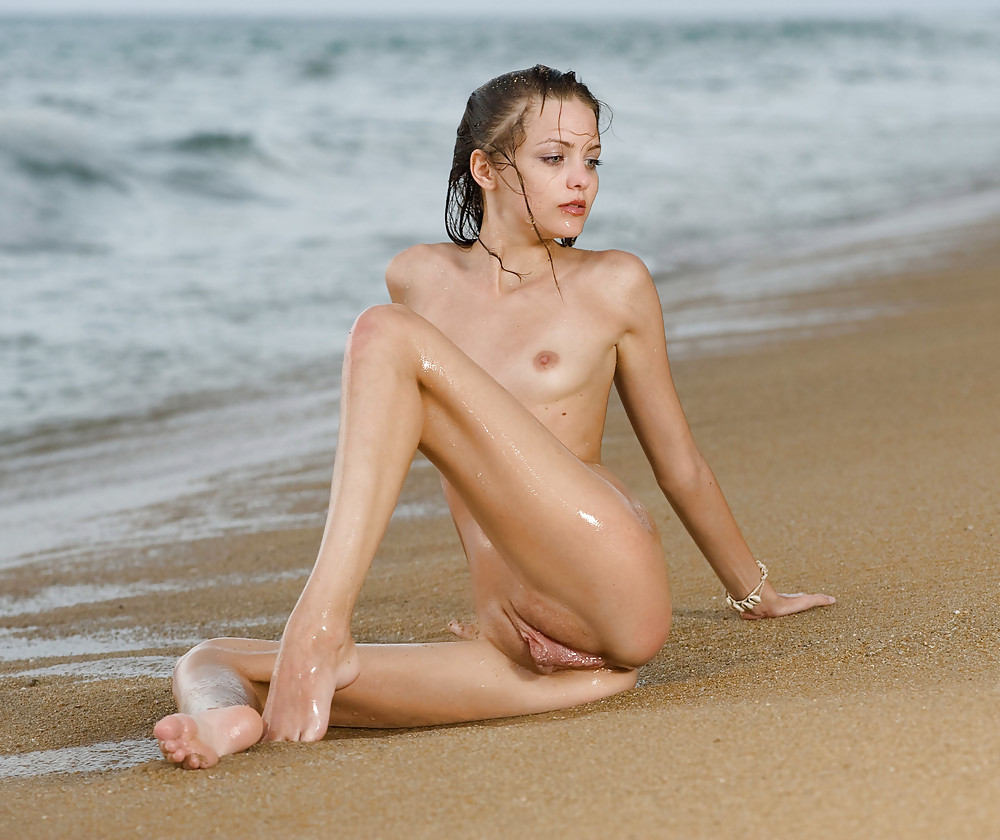 Skinny nudes, nude skinny girls, skinny porn pics
