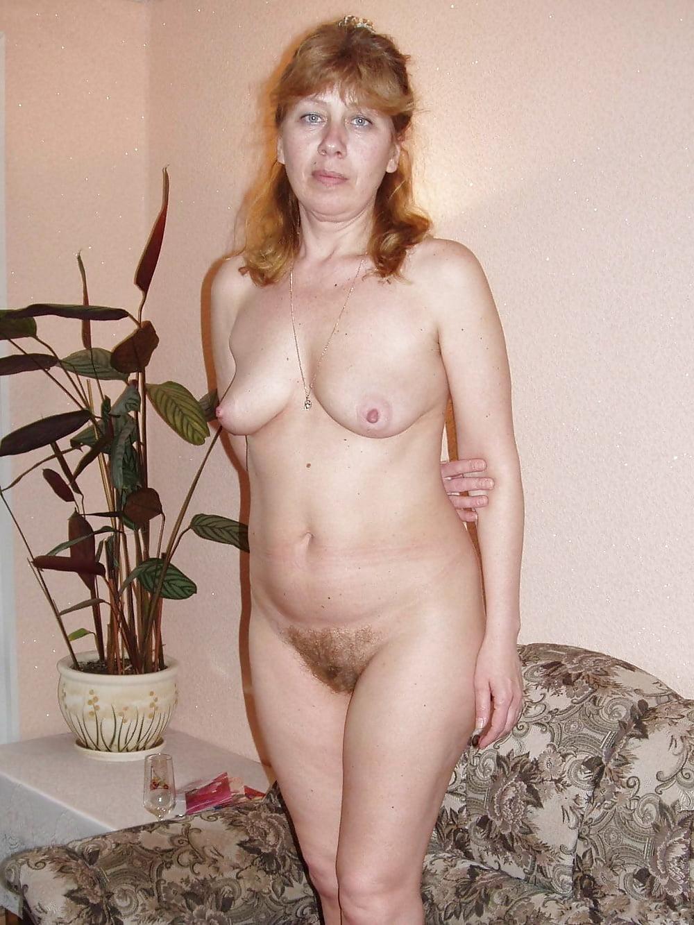 сейчас она фото голых и в возрасте конечно