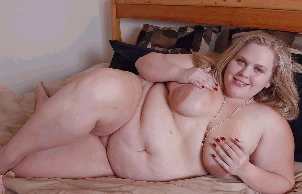Fat Chubby Shaved Cute Blonde With Green Eyes