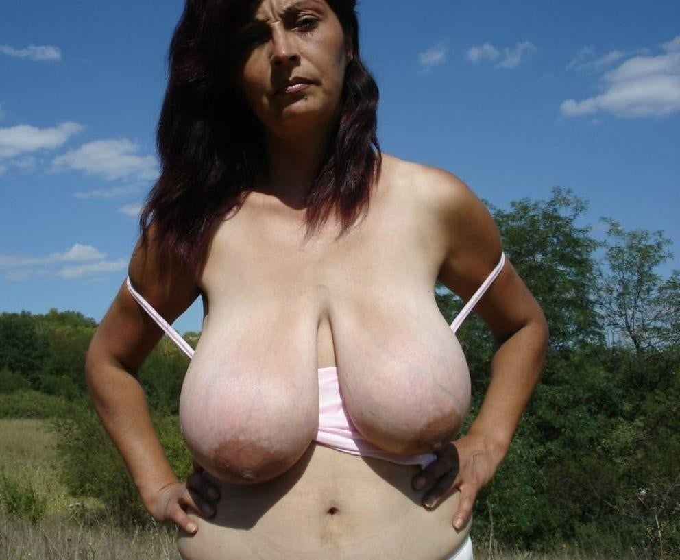 Big saggy heavy natural mature titted women