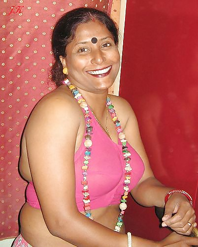 Sexy fat indian granny in saree #13