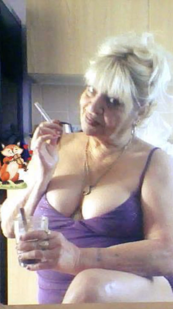 Husband privately seeks threesome amateur mom blow