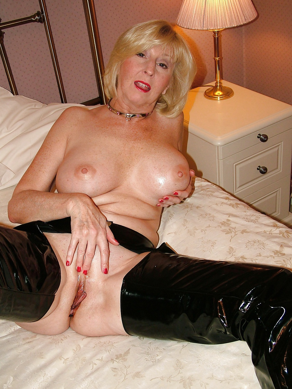 over old women porn gallery