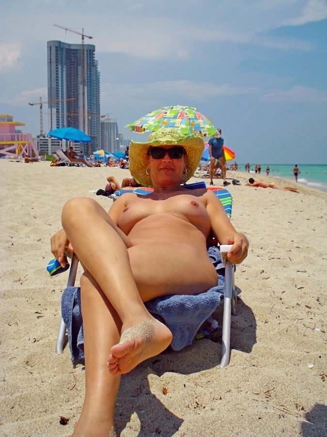 Tits Nude Girls On Miami Beach Png