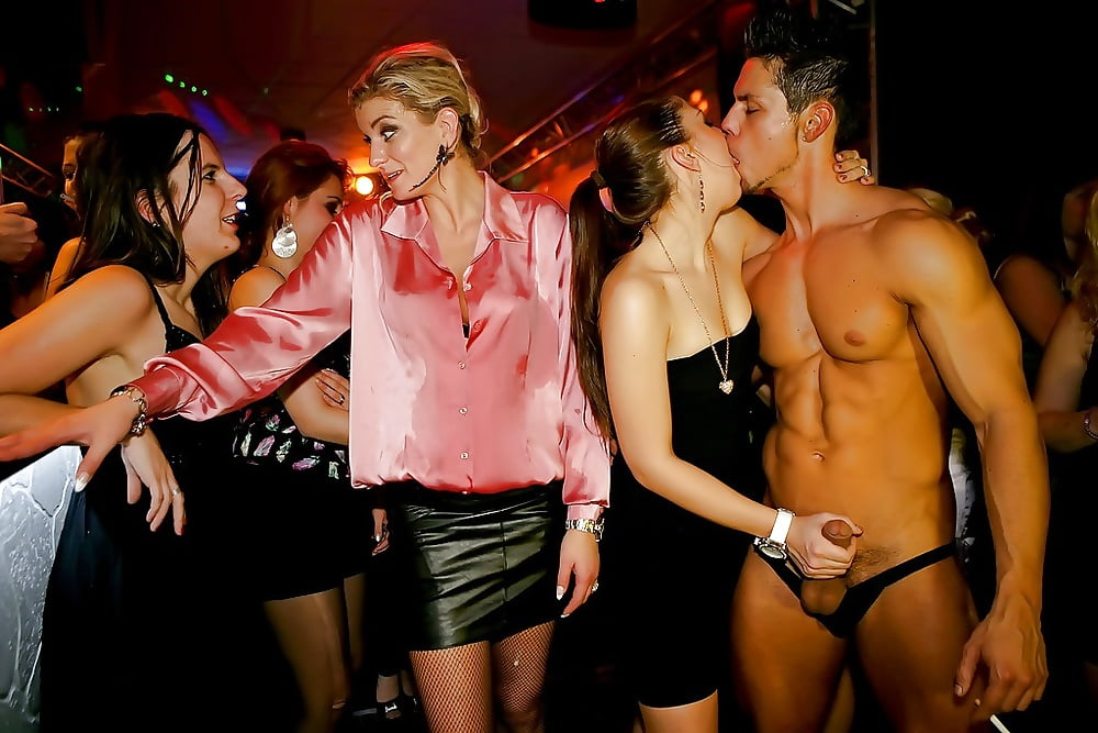потрясающая сексуальная фото вечеринка стал