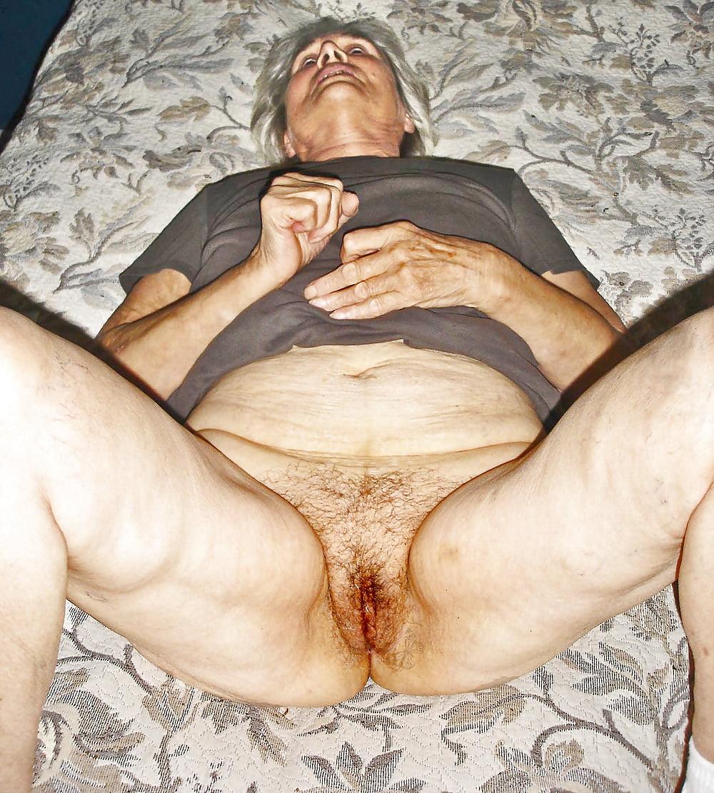 Oma ugly nude — photo 12