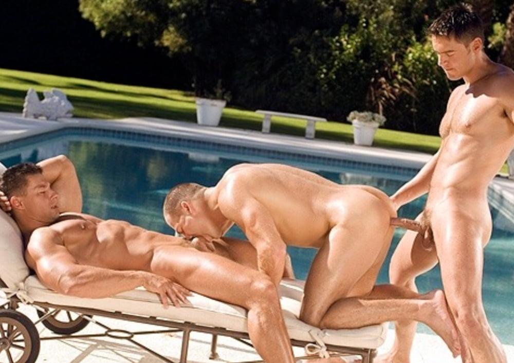 парнишки трахаются в бассейне попробовал возразить