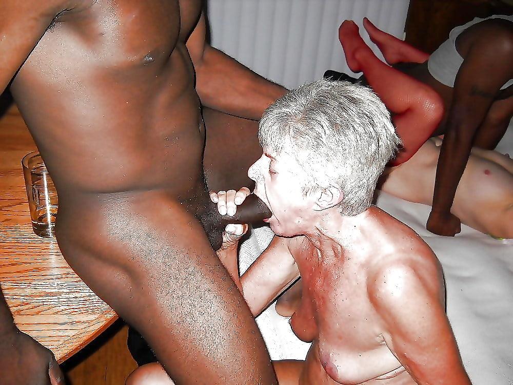White and black older porn, lisa ann chyna nude fake