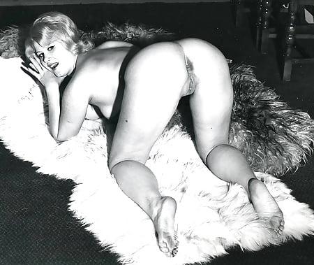 Random Photo Gallery Big woman in bikini