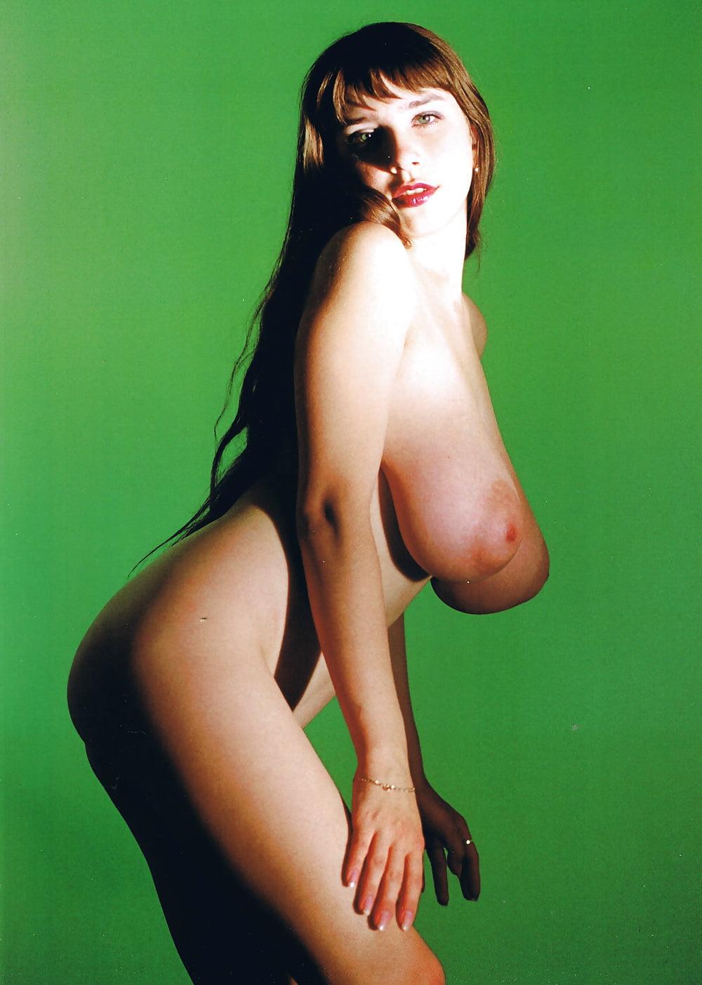 Юлия нова дает в попу эротика смотреть онлайн — photo 6