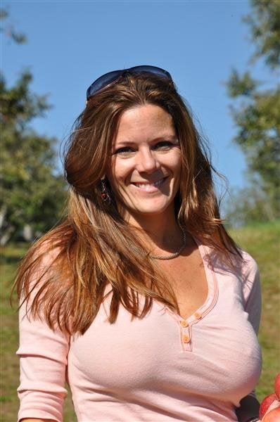Heather RD - 17 Pics