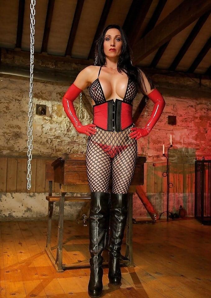 Busty corset mistress — 3
