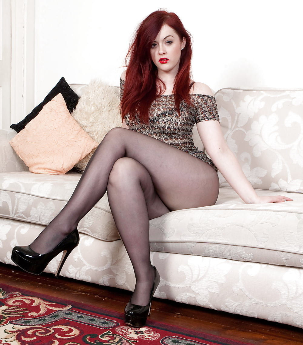 Photo sex hot wife red hair — pic 4