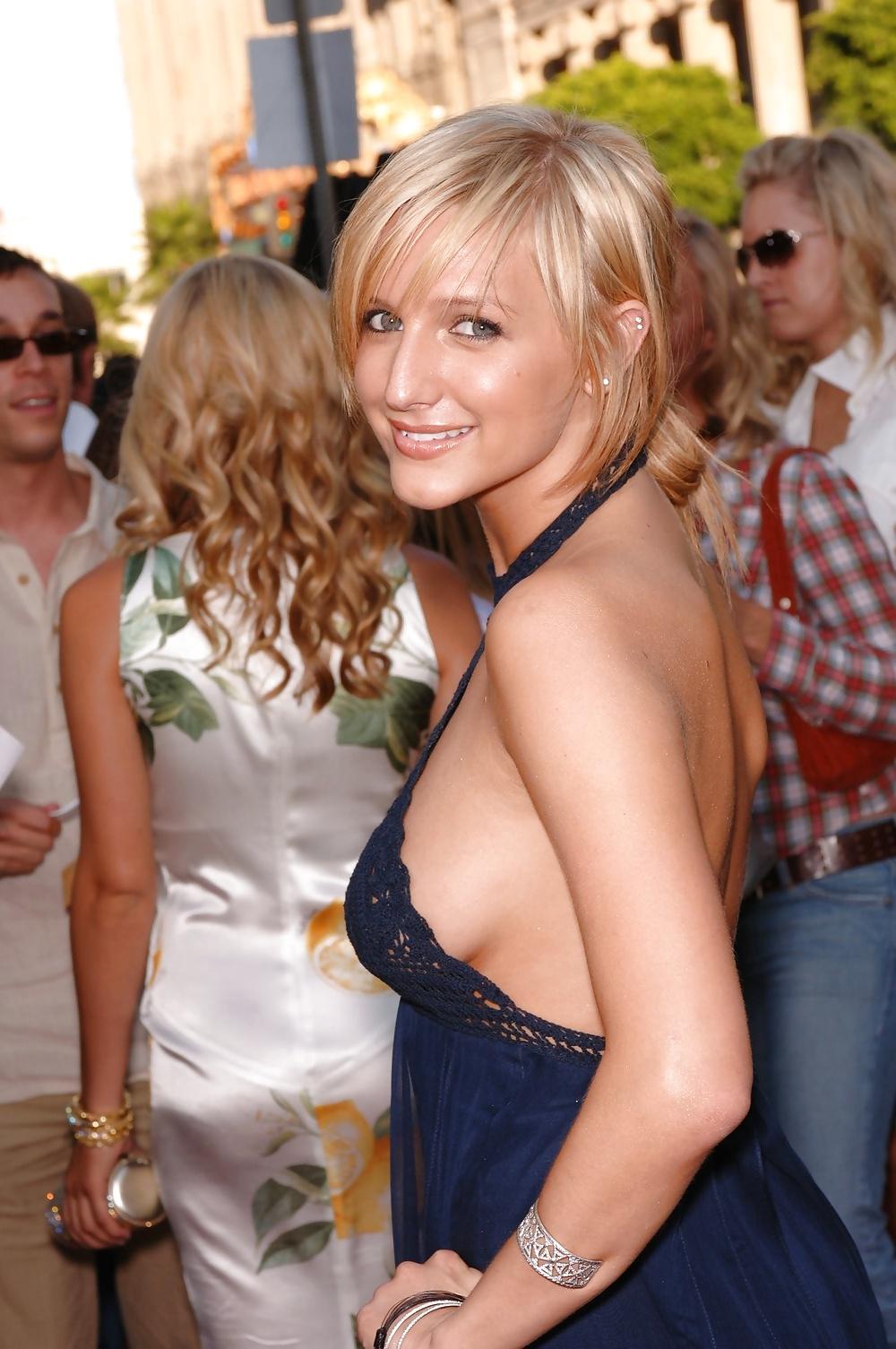 celebrity-boob-blog