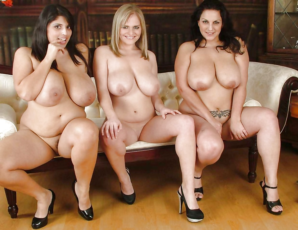 chubby-group-nude